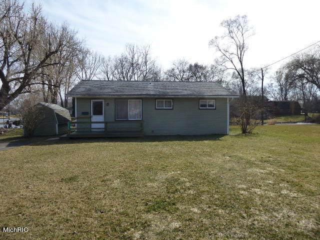 46927 Prospect Drive, Decatur, MI 49045 (MLS #21007680) :: Ron Ekema Team