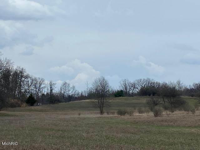 8831 6 Mile Road NE, Rockford, MI 49341 (MLS #21011436) :: Deb Stevenson Group - Greenridge Realty