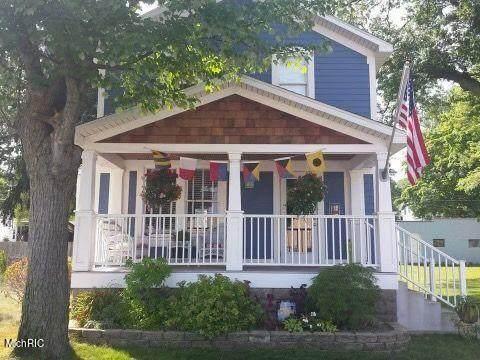 2055 Lakeshore Drive, Muskegon, MI 49441 (MLS #21011681) :: Ginger Baxter Group