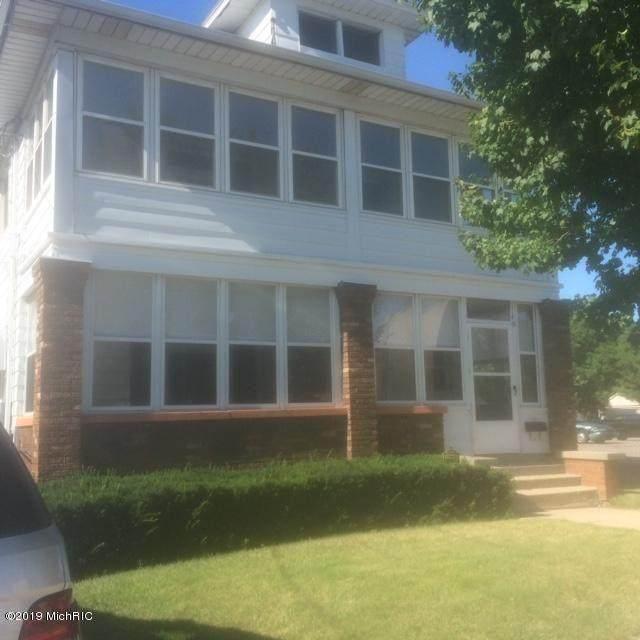 1149 Butterworth Sw, Grand Rapids, MI 49504 (MLS #21013717) :: JH Realty Partners