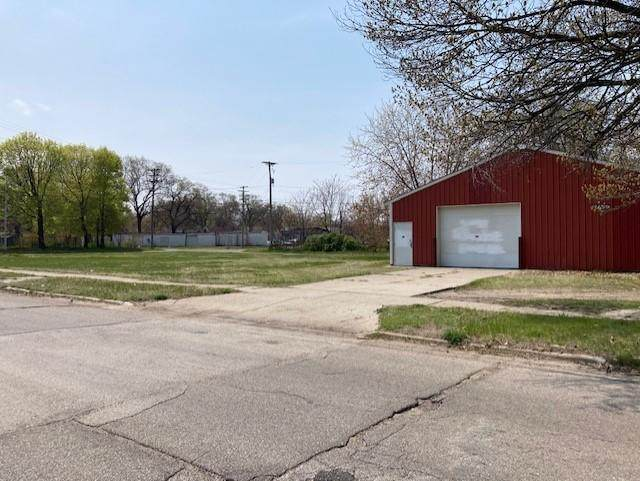 2639 6th Street, Muskegon Heights, MI 49444 (MLS #21014340) :: Your Kzoo Agents