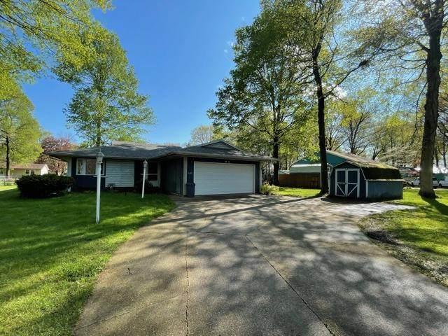 21671 Redfield Street, Edwardsburg, MI 49112 (MLS #21014802) :: BlueWest Properties