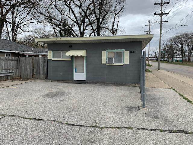 840 E Keating Avenue, Muskegon, MI 49442 (MLS #21015185) :: Your Kzoo Agents