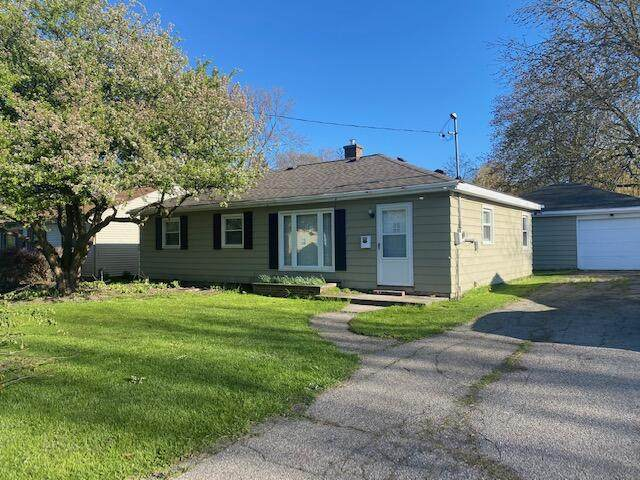156 W Averill Street, Sparta, MI 49345 (MLS #21015584) :: Your Kzoo Agents
