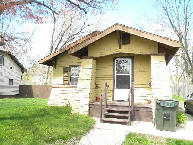 982 E Forest Avenue, Muskegon, MI 49442 (MLS #21015872) :: Keller Williams Realty | Kalamazoo Market Center