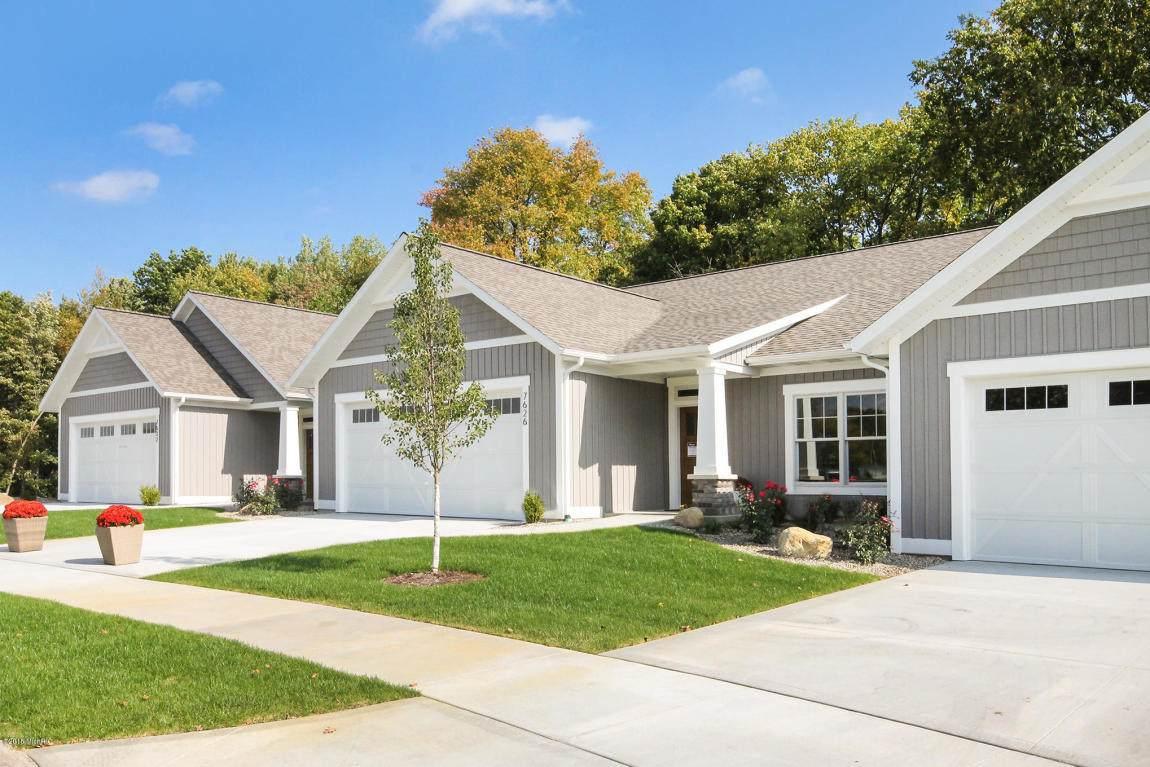 7656 Baldwin Woods Drive - Photo 1