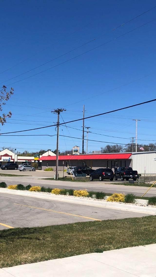 1921 E Apple Avenue, Muskegon, MI 49442 (MLS #21016876) :: Keller Williams Realty | Kalamazoo Market Center