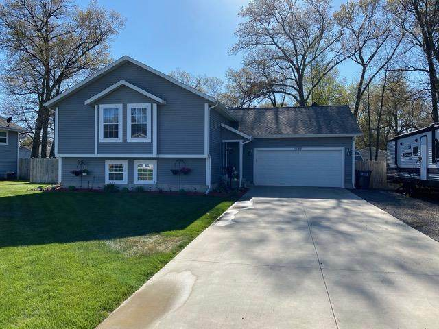 1197 Brian Drive, Muskegon, MI 49442 (MLS #21017123) :: Your Kzoo Agents