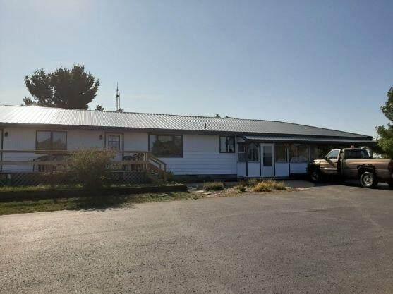 11074 Chippewa Highway, Bear Lake, MI 49614 (MLS #21018795) :: JH Realty Partners