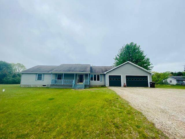 3111 W County Line Road, Manistee, MI 49660 (MLS #21018869) :: Ginger Baxter Group
