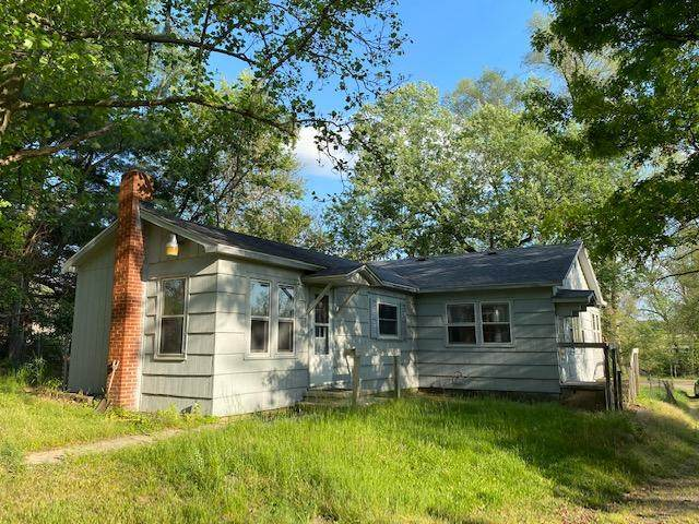 7245 E Dr N, Battle Creek, MI 49014 (MLS #21019324) :: JH Realty Partners