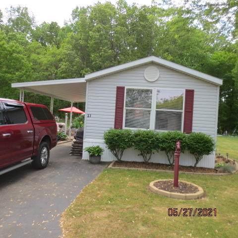 1565 M-63 #37, Benton Harbor, MI 49022 (MLS #21019544) :: Ginger Baxter Group