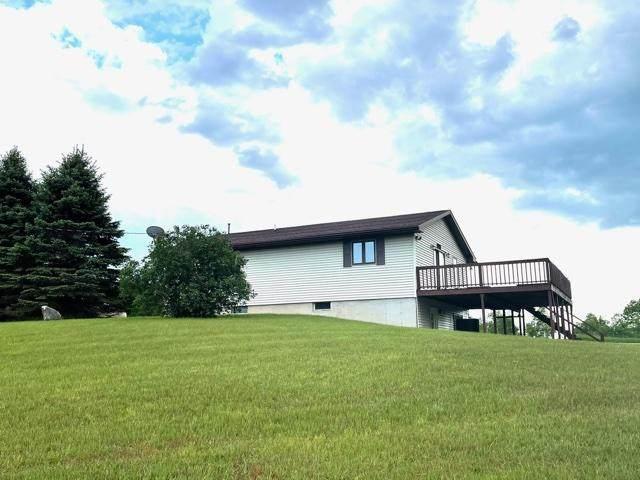 11825 N 190th Avenue, Leroy, MI 49655 (MLS #21021634) :: Deb Stevenson Group - Greenridge Realty