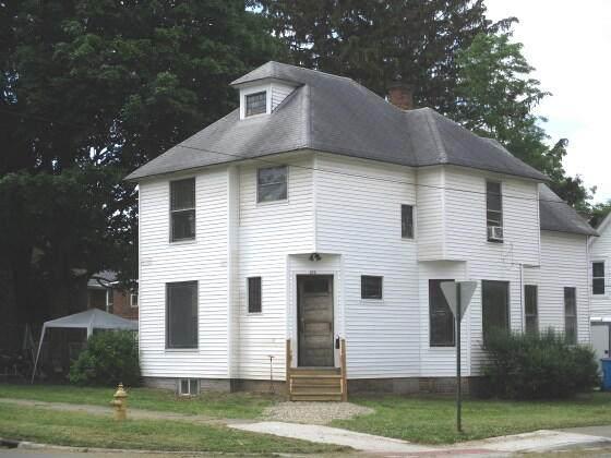 104 S 4th Street, Niles, MI 49120 (MLS #21021827) :: Ginger Baxter Group