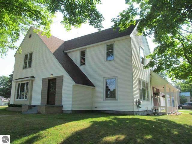 304 N Pickard Street, Marion, MI 49665 (MLS #21022188) :: The Hatfield Group