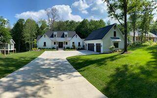 4084 Legend Woods Lane, Grand Rapids, MI 49525 (MLS #21022473) :: JH Realty Partners