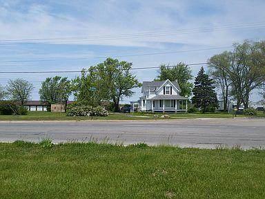 1055 Nickerson Court, Benton Harbor, MI 49022 (MLS #21027240) :: Ron Ekema Team