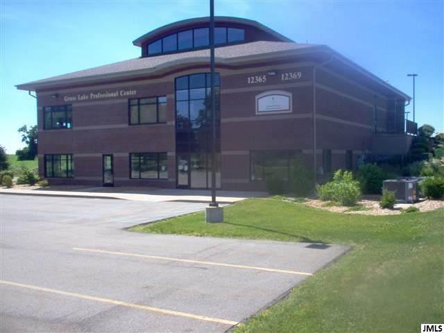 12365 E Michigan Ave 12337 E. Michig, Grass Lake, MI 49240 (MLS #21096606) :: Ron Ekema Team