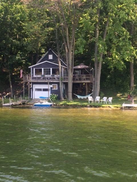551 Lake Drive, Six Lakes, MI 48886 (MLS #21097378) :: Deb Stevenson Group - Greenridge Realty