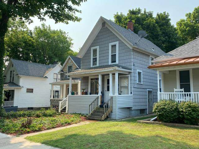 1118 Michigan Avenue, St. Joseph, MI 49085 (MLS #21097417) :: Deb Stevenson Group - Greenridge Realty