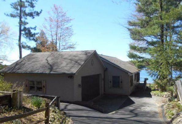 7201 N Poplar Road, Free Soil, MI 49411 (MLS #21098061) :: Deb Stevenson Group - Greenridge Realty