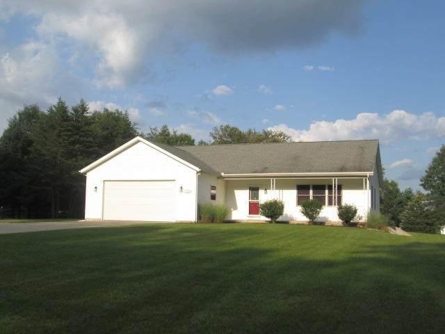 2082 Stanton Drive, Middleville, MI 49333 (MLS #21098515) :: BlueWest Properties