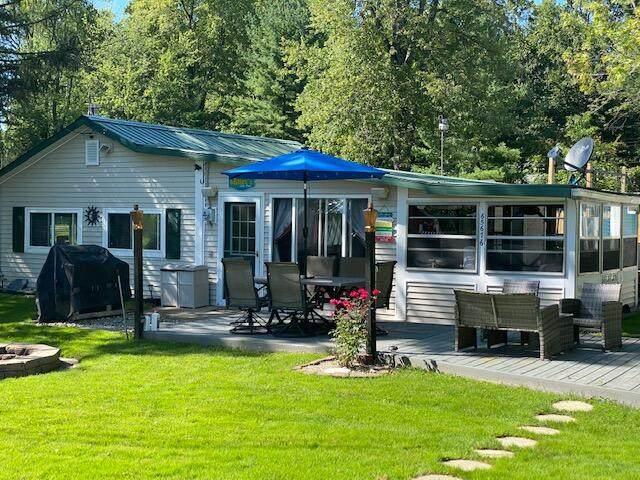 65676 Front Street, Bangor, MI 49013 (MLS #21101019) :: Sold by Stevo Team | @Home Realty