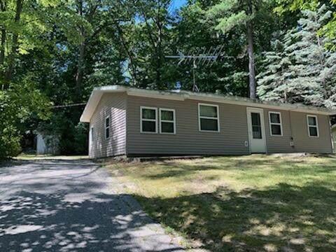11411 Birch Drive, Lakeview, MI 48850 (MLS #21101911) :: CENTURY 21 C. Howard