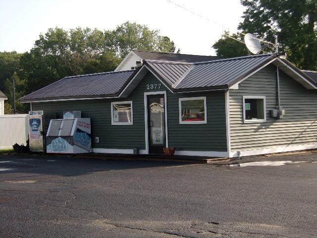 2377 Water Street, Manistee, MI 49660 (MLS #21103468) :: Sold by Stevo Team | @Home Realty