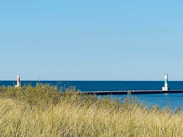 Portage Point /4Th St Road, Onekama, MI 49675 (MLS #21107895) :: The Hatfield Group