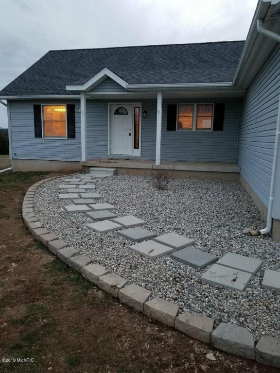12982 Round Lake Road, Horton, MI 49246 (MLS #18012091) :: Carlson Realtors & Development