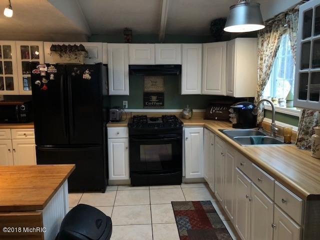 62487 Lakeview Drive, Vandalia, MI 49095 (MLS #18012956) :: JH Realty Partners