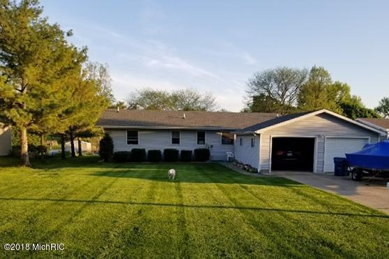 46575 Delta Drive, Decatur, MI 49045 (MLS #18018357) :: Carlson Realtors & Development