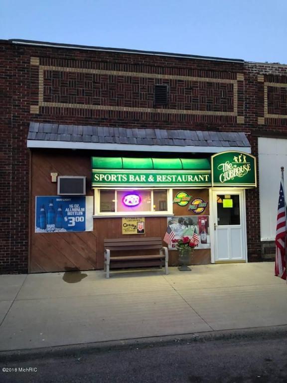 113 S Main Street, Camden, MI 49232 (MLS #18023552) :: Deb Stevenson Group - Greenridge Realty