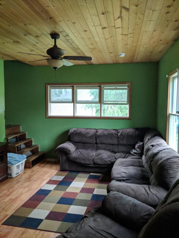 113 Featherbone, Three Oaks, MI 49128 (MLS #18028130) :: Carlson Realtors & Development