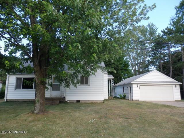 2841 Grant Highway, Manistee, MI 49660 (MLS #18032465) :: Carlson Realtors & Development
