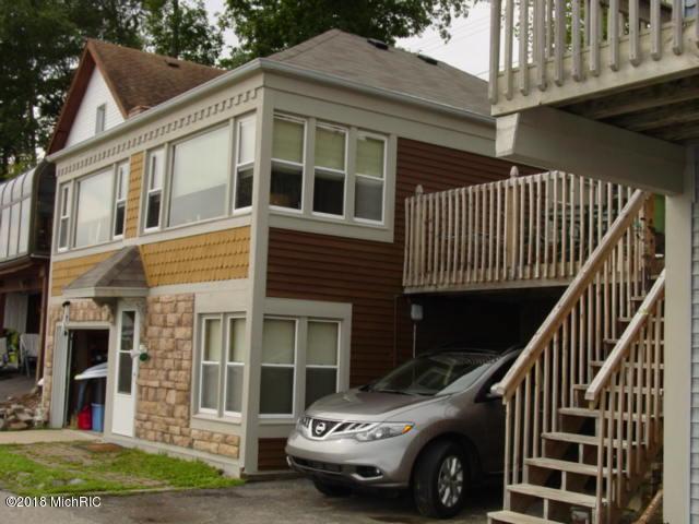 6668 Shoreline Court, Saranac, MI 48881 (MLS #18034315) :: Carlson Realtors & Development