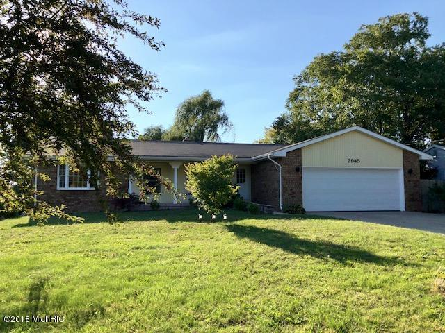 2945 Coral Valley Drive SE, Kentwood, MI 49512 (MLS #18045871) :: JH Realty Partners