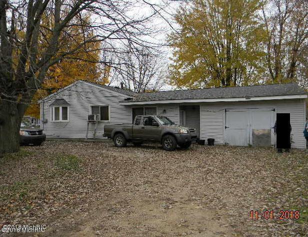 1691 Stratford Avenue, Dorr, MI 49323 (MLS #18054644) :: Deb Stevenson Group - Greenridge Realty