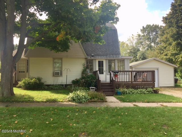 602 Cherry Street, South Haven, MI 49090 (MLS #18055899) :: Deb Stevenson Group - Greenridge Realty