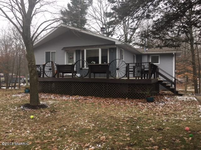 11577 Channel Drive, Lakeview, MI 48850 (MLS #18059329) :: CENTURY 21 C. Howard