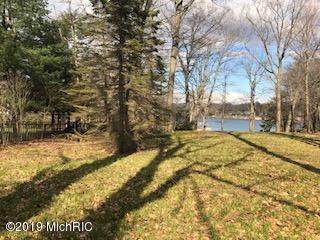 16225 Harbor Point Drive B, Spring Lake, MI 49456 (MLS #19006607) :: Matt Mulder Home Selling Team