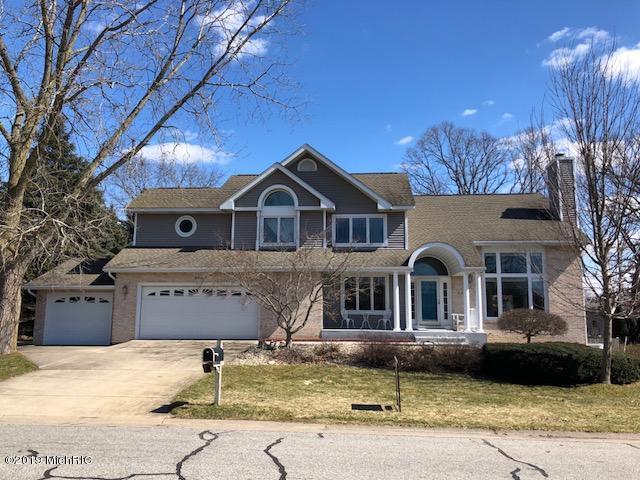 913 Barton Street, Otsego, MI 49078 (MLS #19008730) :: Matt Mulder Home Selling Team