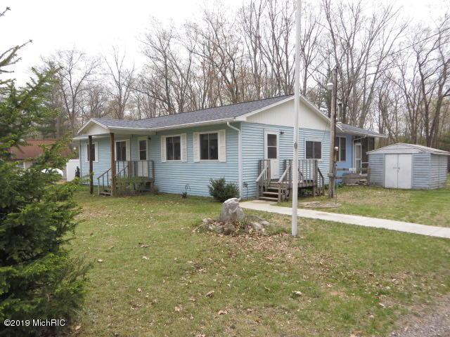 3878 W Wildwood Avenue, Bitely, MI 49309 (MLS #19021575) :: Matt Mulder Home Selling Team