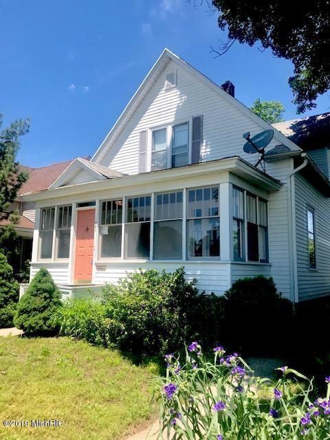 229 W 19th Street, Holland, MI 49423 (MLS #19027871) :: JH Realty Partners