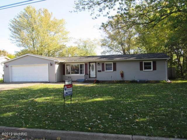 218 N 22nd Street N, Springfield, MI 49037 (MLS #19051537) :: Matt Mulder Home Selling Team