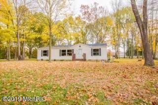13445 Indiana Lake Drive, Union, MI 49130 (MLS #19054770) :: Deb Stevenson Group - Greenridge Realty