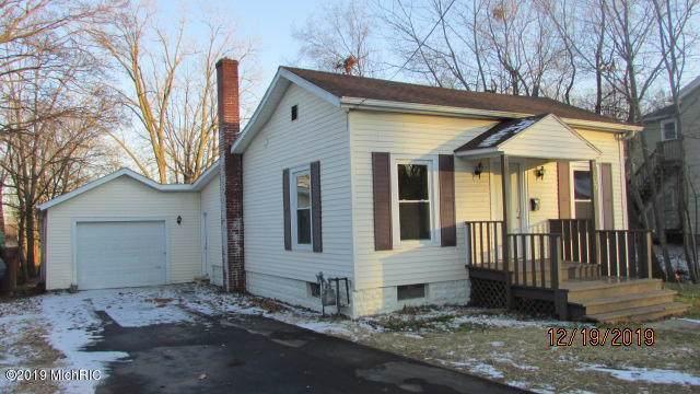 103 Rippon Avenue, Hillsdale, MI 49242 (MLS #19058666) :: Deb Stevenson Group - Greenridge Realty