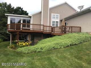 739 NW Strawberry Valley Avenue NW #48, Comstock Park, MI 49321 (MLS #20001774) :: Matt Mulder Home Selling Team