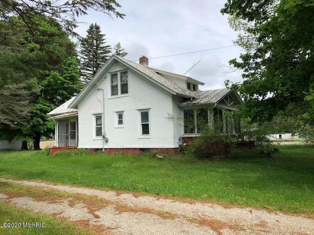 9795 Youngman Road, Lakeview, MI 48850 (MLS #20006044) :: Jennifer Lane-Alwan